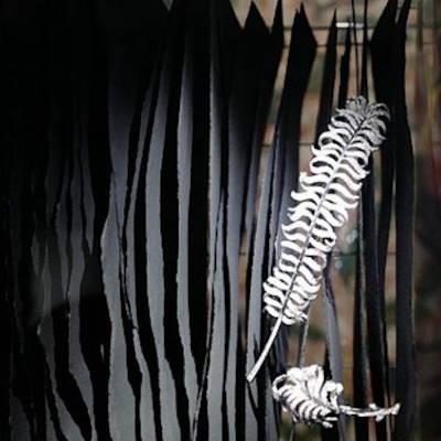 Sculpture de papier - Soclage créé par Invenio Flory pour Chanel