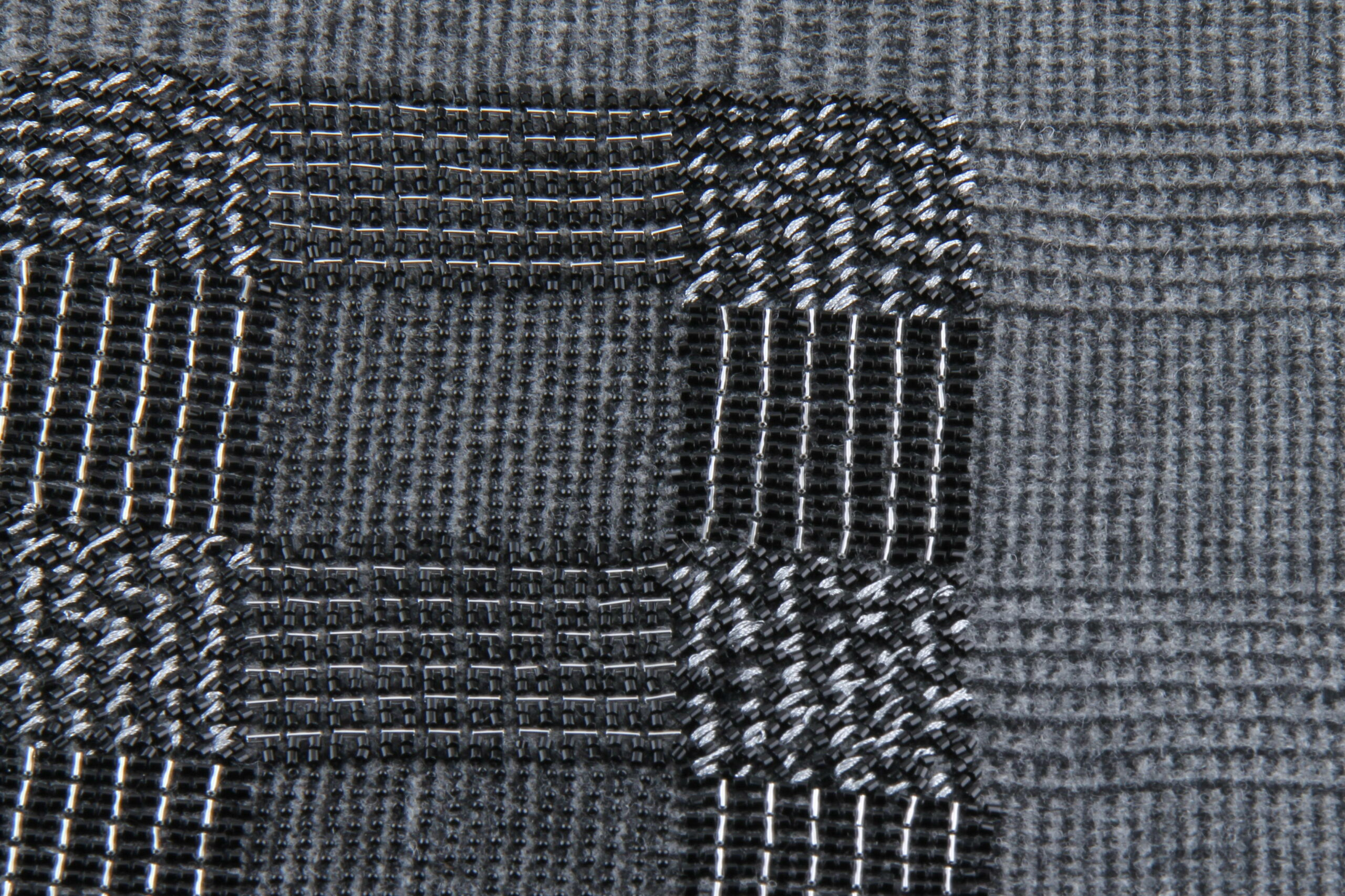 Surface - Texture - Broderie tartan texturée - Invenio Flory