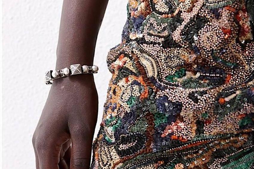 Tissu ancien - Motif trompe l'oeil brodé créé par Invenio Flory pour Saint Laurent