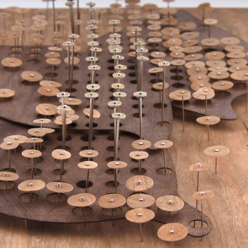 Volume - Structure - Panneau clous et trame - Invenio Flory