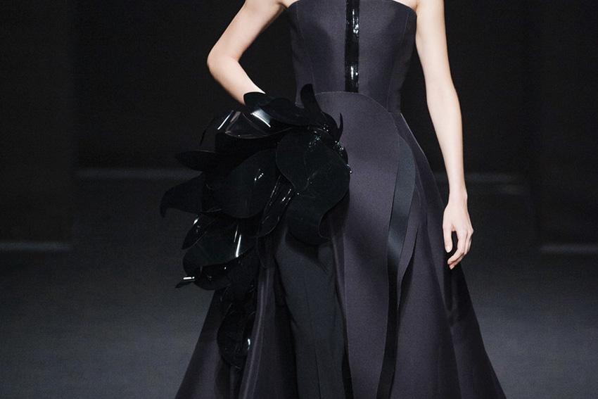 Invenio Flory - Cariatide - Stéphane Rolland - 2013 - Mode